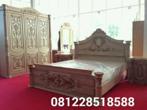 Set Tempat Tidur Mewah Ukiran Jati