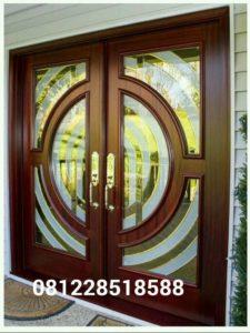 Kusen Pintu Klasik Minimalis