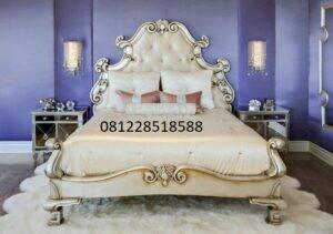 Set Kamar Tidur Klasik Ukiran Luxury